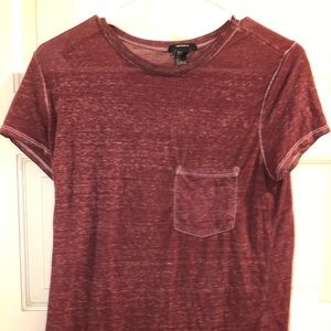 Forever 21 maroon t-shirt